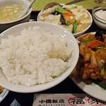 中国飯店 福來門 - Cランチ      ¥600