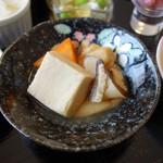 わがまんま家 鷹 - このこうや豆腐の煮物は最高です