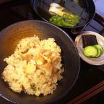 桃花庵 - お吸い物はサヨリと菜の花