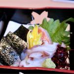 華花 - 鮮魚と自然薯のお刺身