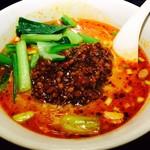 上海ブギ - お店で人気の坦々麺!