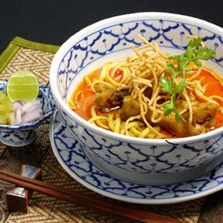 日本では珍しいタイの郷土料理も味わえる