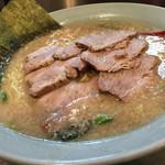 ラーメンショップ椿 - チャーシュー麺(中)