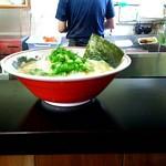 佐伯ラーメン 遊楽 - 料理写真:ラーメン \550