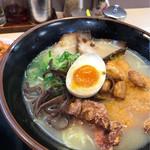 九州ラーメン金平 - 料理写真:スタミナラーメン(とんこつ塩)