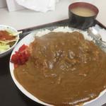 キッチンいさつ  - ♪チキンカツカレー¥950