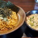 岩本屋 - 料理写真:つけ麺