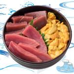 海鮮丼の浦島 - 【うに・本まぐろ・中トロ】