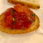 イタリア料理 レガメント - トマトのブルスケッタ【料理】