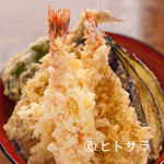 魚河岸 丸天 - 新鮮な食材を盛り込んだ『上天丼』