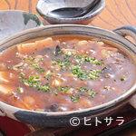 長寿庵 蕎匠 - 店主オリジナルの『ピリ辛豆腐』は欠かせない肴です。