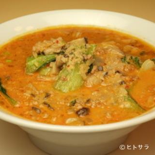 コクのある辛さでおすすめ『タンタンメン(担担麺)』