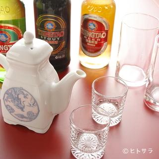 青島(チンタオ)黒ビールで乾杯