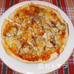 Luncheon Bar ALIBABA - ミックスピザ(生地手作り!)