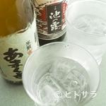 いけすやまもと - 創業100年をこえる「天草酒造」の焼酎をはじめ地元のお酒が豊富