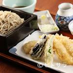 手打ちそば 松月庵 - 大ぶりの穴子天ぷらと季節の野菜天ぷらが入った『穴子天せいろ』