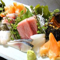空海 - 築地や三浦で仕入れる鮮魚の刺身