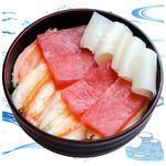 海鮮丼の浦島 - 【ズワイカニ・本まぐろ・いか】