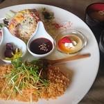 Nisu - 豚ロースカツ定食