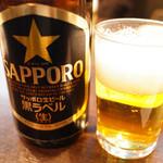 65094872 - 中瓶ビール(サッポロ黒ラベル) 580円+税