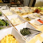 ブラジリアンレストラン コパ - 28種類の野菜が食べ放題の『サラダ』