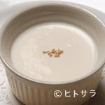 シェ・ホシノ - ごま風味のプリン