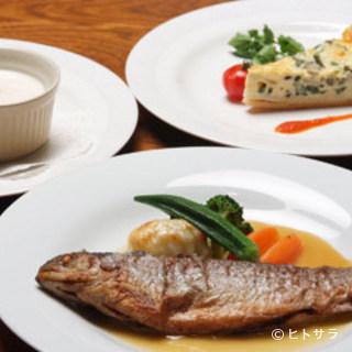 地域の食材や季節の食材にこだわった創作フランス料理