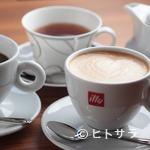 閏 - カフェロッソ門脇氏によるオリジナル焙煎豆を使用