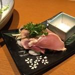 65099995 - 地鶏のたたき(690円+税)