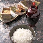 料理屋 植むら - 讃岐合鴨米を土鍋でふっくら炊いたご飯は自家製ちりめん山椒と