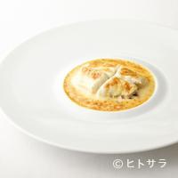 オテル・ド・ヨシノ - 美味しさの本質を和歌山の食材で表現した『和歌山産白身魚のシャンパン煮』