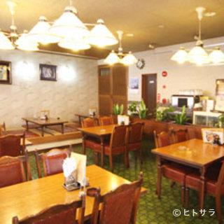 ソースカツ丼の元祖店。柔らかいカツと秘伝の味をお楽しみ下さい