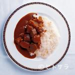 ガスビル食堂 - カレーソースはブイヨンで2日がかり、ルウが1日かかります。