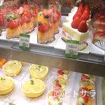 フルーツパーラー キムラ - 老舗果物専門店ならではの新鮮素材。極上スイーツをどうぞ。