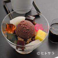 虎屋菓寮 - あんみつ