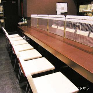 広々としたカウンター席、あります!