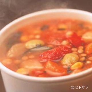 シアトルから直輸入したスープをそのまま味わうことができます。