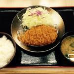 松乃家 - ロースカツ定食500円