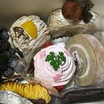 ホルン - 料理写真:モンブラン、黒糖マロン、桜モンブラン、ロールケーキ、ロールケーキ紅茶、スイートポテト