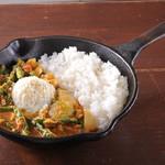野菜を食べるカレーcamp - アスパラベーコンカレー2019