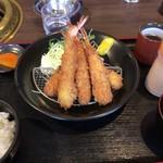 高麗館 - 海老フライ定食 1080円