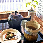 ピーストチャ - 黒豆煎茶&茶だんご