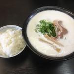 3030 - 料理写真:鶏白湯魚介塩ラーメン&ごはん
