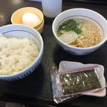 なか卯 - 料理写真:こだわり卵かけごはん230円に味噌汁をハイカラうどんに変更 +60円