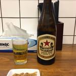 くじら食堂 - 「瓶ビール(赤星)」500円
