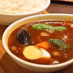 スープカレー屋 鴻 - 野菜カレー