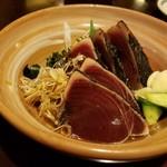 祢保希 - 炭火焼 鰹たたき(¥1,300−)