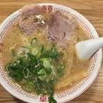 麺毅家 - 豚骨醤油ラーメン(並)