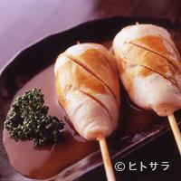 かわ屋 - わさび正油で食す「ささみのしぎ焼き」も人気