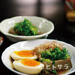 上田温酒場 - トロリと半熟、玉子100円 豆腐150円